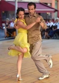 dance-661553_960_720
