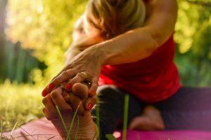 <a href=https://pixabay.com/photos/yoga-calm-release-stretching-2662234/>Pixabay</a>